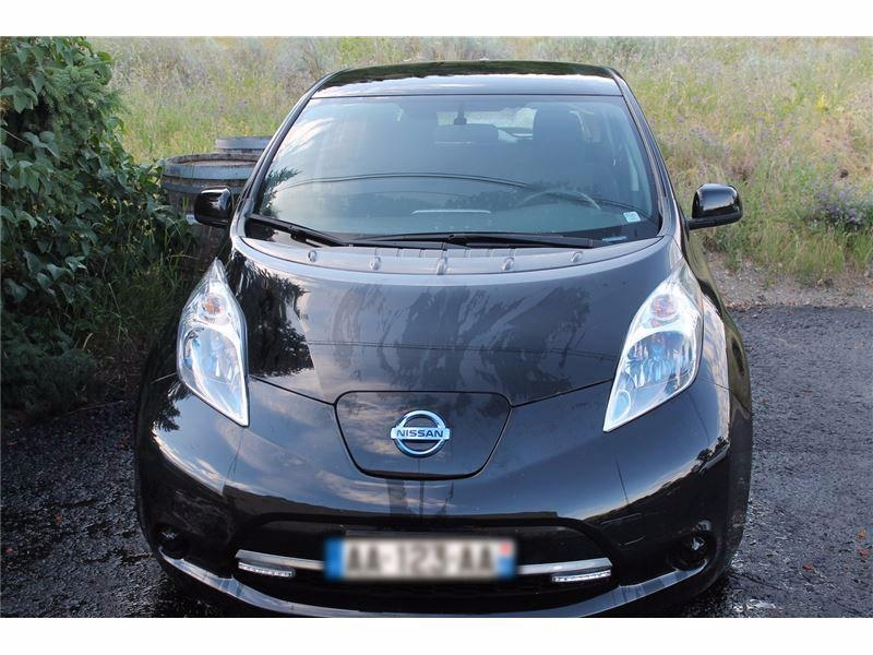 voiture lectrique occasion nissan leaf 24 kwh nissan leaf visia 24kwh occasion. Black Bedroom Furniture Sets. Home Design Ideas
